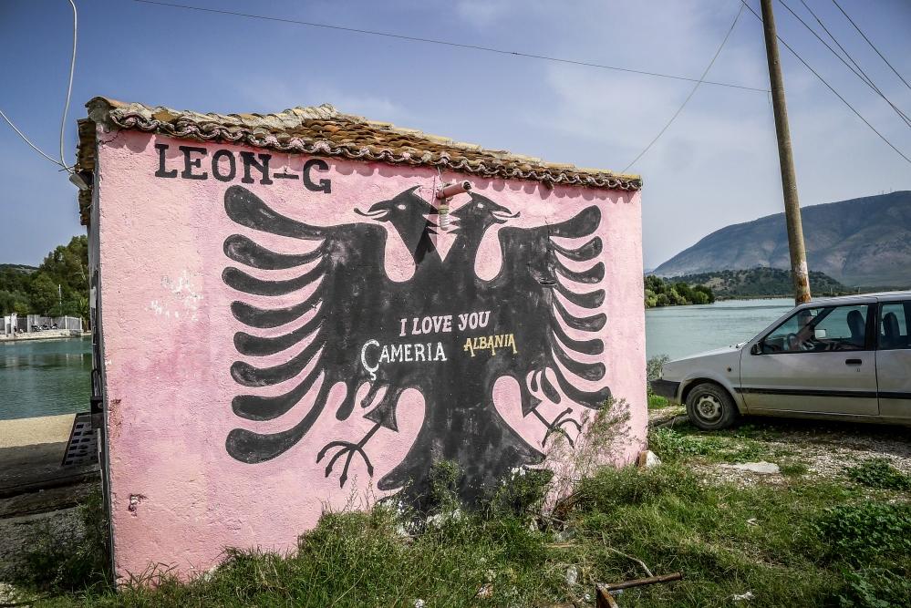 Albanien  (1/6)